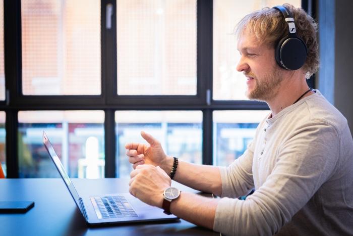 Franz Hammer von BGM neo gibt ein Online Seminar für Mitarbeiter im Homeoffice