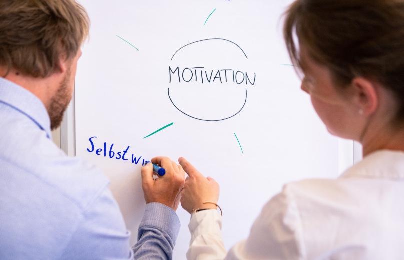 Motivation in unsicheren Zeiten stärken | BGM neo